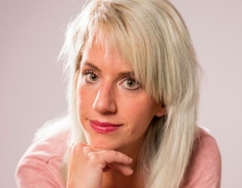 Linda Zetterström - Hej, får jag störa din ångest? – handbok för ångesthantering